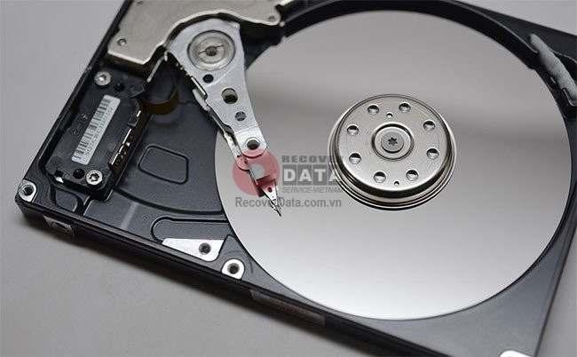 cứu dữ liệu ổ cứng bị hỏng
